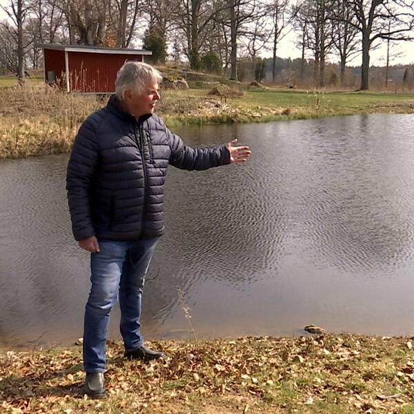Hör Göran Persson, ordförande i Emmaboda Golfklubb berätta mer om projektet i klippet.
