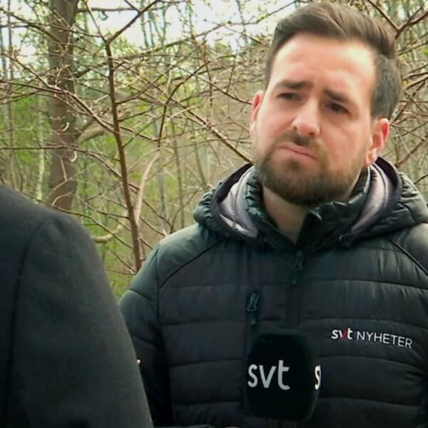 Starta klippet för att höra pappan som är orolig över sitt barns säkerhet i skolan Mölndal, intervjuad av SVT Nyheters Dennis Franco.