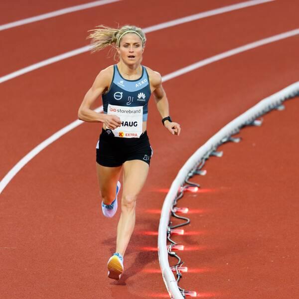 Therese Johaugs personliga rekord ligger på 31.40,67.