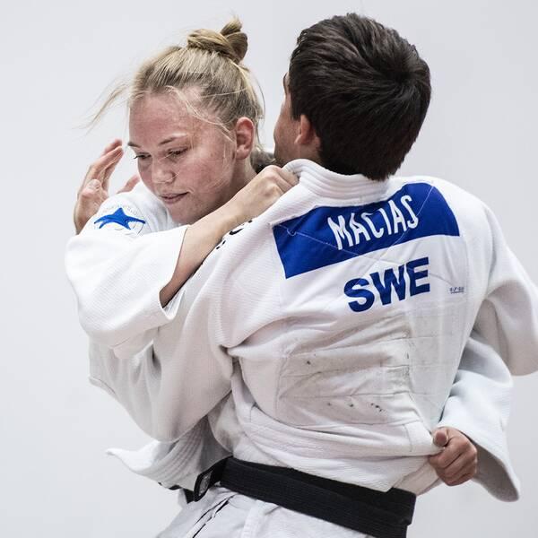 Anna Bernholm har gjort comeback om kom trea i en Grand Slam-tävling i Kazan.