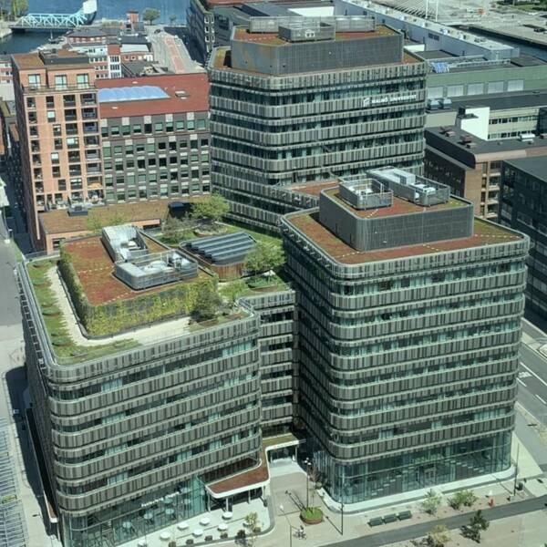 Malmö Universitets byggnad Niagara fotograferad snett ovanifrån