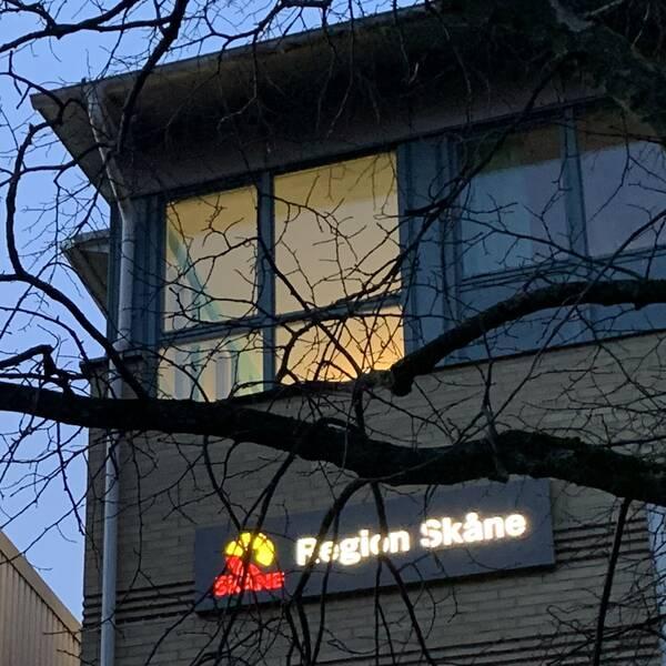 Region Skånes förra it-direktör anmälde jäv först när SVT i januari 2020 granskade affären med Vårdexpressen. Region Skånes lokaler på Medicon village i Lund.
