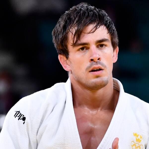 Sveriges Tommy Macias (bilden) mot Victor Scvortov från Förenade arabemiraten i judons 73-kilosklass under sommar-OS i Tokyo