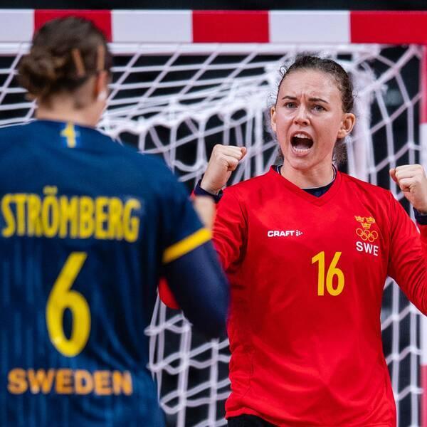 Två av Sveriges förgrundsfigurer mot Frankrike – Carin Strömberg och Jessica Ryde.