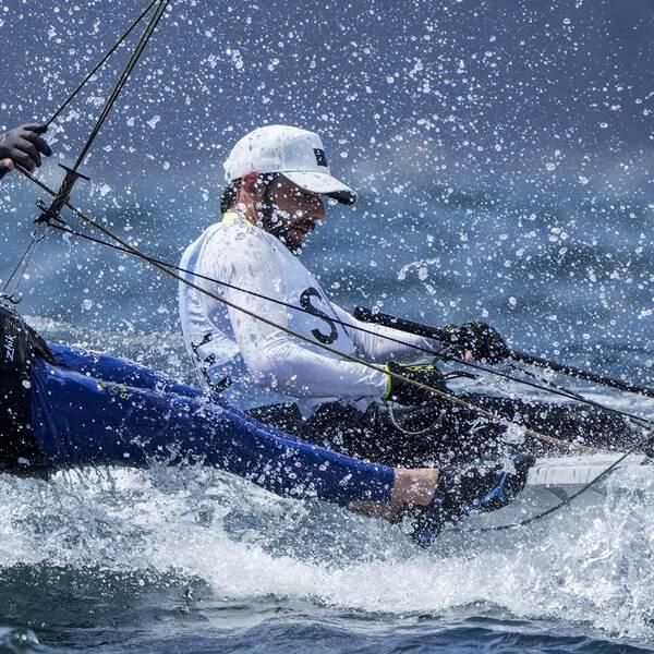 Anton Dahlberg och Fredrik Bergström seglar i klassen 470.