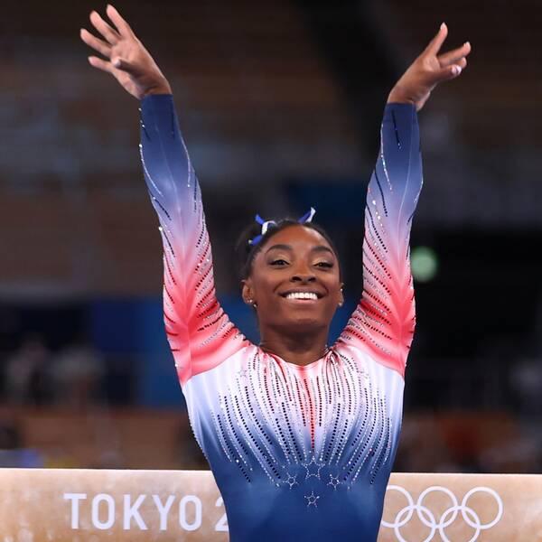Simone Biles är tillbaka på den olympiska prispallen.