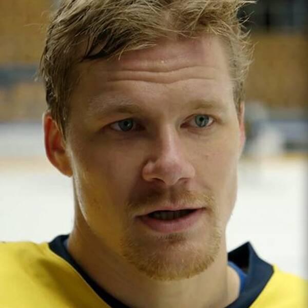 HV71:s lagkapten Simon Önerud vill föra upp sin moderklubb tillbaka till SHL.