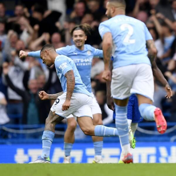 Gabriel Jesus firar 1-0-målet mot Chelsea.