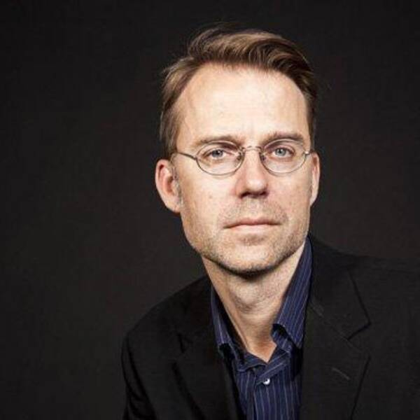 Mårten Arndtzén tycker inte att Svenska Akademien ser allvaret.