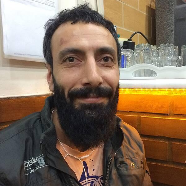 """37-årige bokutgivaren Mert Ayhan är inte förvånad över valresultatet. """"Vi förstod för tre-fyra månader sen. AKP har pressat folk att rösta på dem"""", säger han till SVT Nyheter."""
