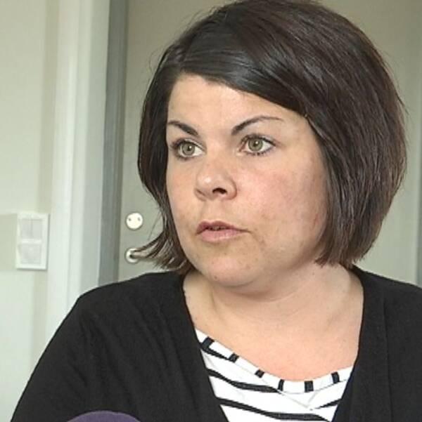 Malin Larsson kommer att jobba inom hemtjänsten i Matfors. – Vill förstå mötet med våra brukare, säger hon i ett pressmeddelande.