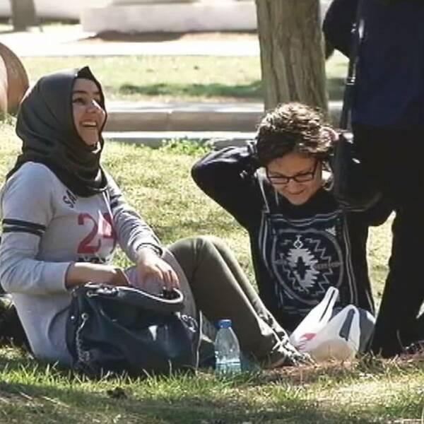 Universitet i Gaziantep ligger bara några mil från gränsen till Syrien och i dag är var tionde elev på skolan från Syrien.
