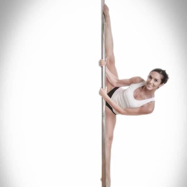Pole dance en krävande sport, det säger instruktör Cecilia Elisasson.