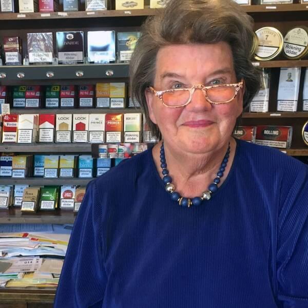 Inger Linde, Ann Lindes mamma.