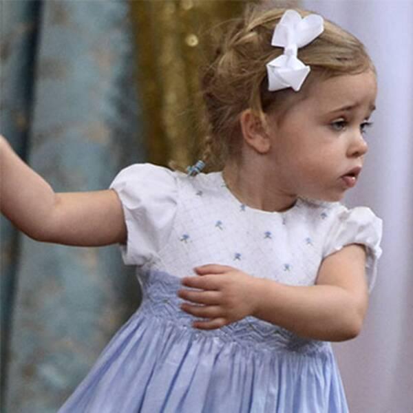 Leonore dansar loss på prins Oscars dop