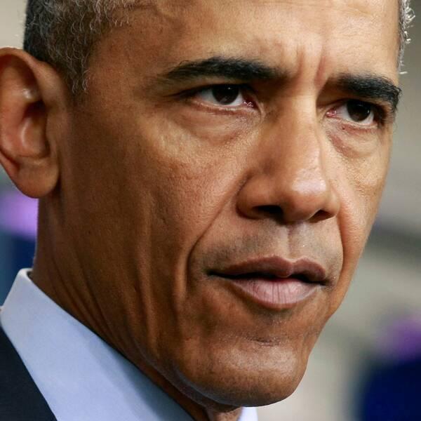 På pressträffen i Vita huset sa Obama att masskjutningen i Orlando utreds av FBI som ett terrordåd.