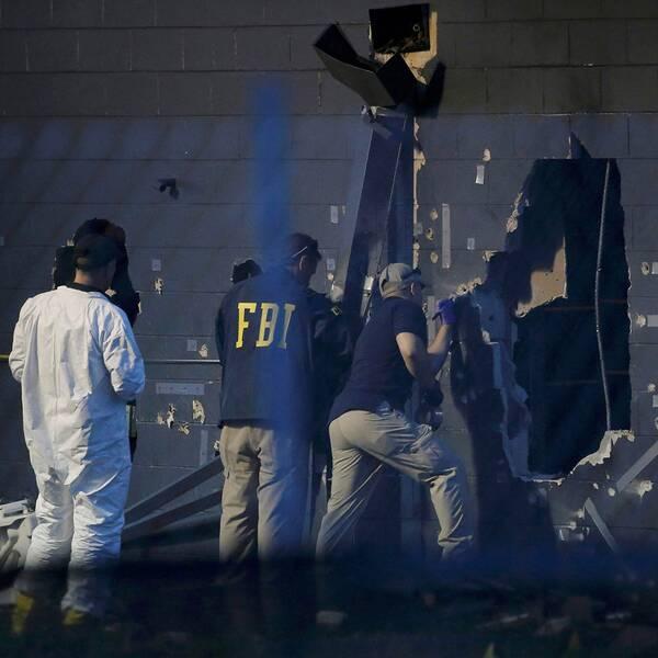 En bild på den utpekade gärningsmannen Omar Mateen. Polisens tekniker undersöker brottsplatsen i Orlando.