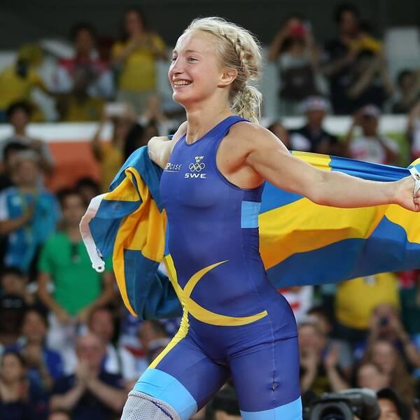 Sofia Mattsson jublar efter att ha vunnit sin bronsmatch i 53 kg under OS 2016.