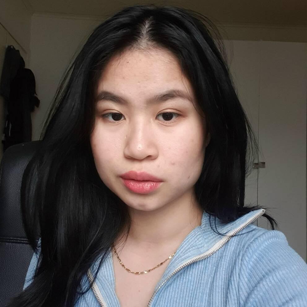 Asiatiska Tjejer I Sverige