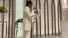 Akihiko Kondo och Hatsune Miku