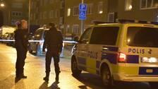 Polisen på plats efter explosionen i Västra Söderkulla.
