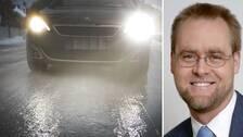 SVT:s meteorolog Per Stenborg säger att väglaget kan slå om på bara någon timme, så fort det slutar regna och temperaturerna början sjunka.