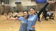 17-åriga Benazir Jamshidi och 15-åriga Annabel Snelder sitter i styrelsen för Lemonade IF.