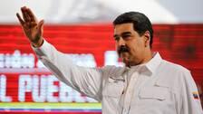 Venezuelas president Nicolas Maduro beordrar att gränsen mellan Venezuela och Brasilien stängs.