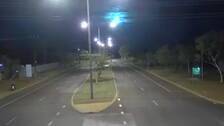 en meteorit fångades på film av övervakningskameror