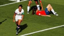 Carli Lloyd jublar efter USA:s 3–0-mål.