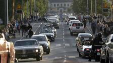 Många bilar i Härnösands centrum