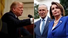 USA:s president Donald Trump i bild med kongressens demokratiska talman Nancy Pelosi och demokraten Chuck Schumer som efter att kongressen beslutat att fördöma Trumps beslut om tillbakadragandet av militär i Syrien var på ett möte i Vita huset med presidenten.