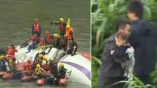 Passagerarplan kraschade i flod