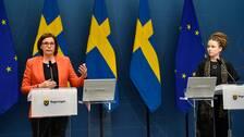 Vice statsminister Isabella Lövin samt kultur- och demokratiminister Amanda Lind håller pressträff med anledning av åtgärder för samhällets mest utsatta och mot äldres ensamhet under coronakrisen.