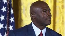 Michael Jordan donerad nästan en miljard svenska kronor till kampen mot social och etnisk orättvisa.