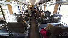 Många klagar på att SJ inte placerar resenärerna glesare. Bilden är en arkivbild som är tagen innan pandemin bröt ut.