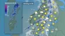 Söndag morgon: Svalare luft breder ut sig över Norrland och Svealand och i gränsen mot helgens hetluft kan det finnas en eller annan regn- eller åskskur. Kartan till vänster visar trolig mängd regn natt mellan lördag och söndag.