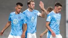 Ola Toivonen (mitten) satte 1–0 för Malmö FF.