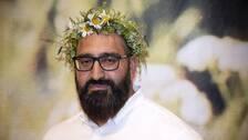 """Hamid Zafar under presentationen av årets sommarvärdar för P1:s radioprogram """"Sommar""""."""