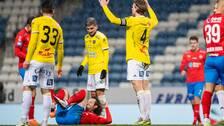 Falkenbergs Carl Johansson reagerar under fotbollsmatchen i Allsvenskan mellan Helsingborg och Falkenberg den 29 november 2020 i Helsingborg.
