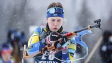 Elvira Öberg drog på sig tre straffrundor i det stående skyttet i Antholz.