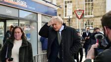 Storbritanninens premiärminister Boris Johnson vid en pressträff när det brittiska samhället öppnade upp igen.