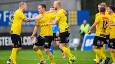 Jacob Bergström firar sitt 1-1-mål.