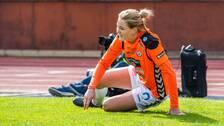 Mia Carlsson slängde sig mot marken när blixten slog ner.