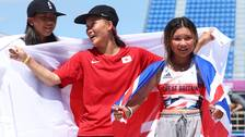 Kokona Hiraki (vänster) och Sky Brown (höger) är de yngsta OS-medaljörerna sedan 1936.
