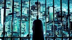 Batman blickar ut mot Gotham.