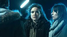 Dolores Bouckaert (Sanna) och Wine Dierickx (Kathleen).