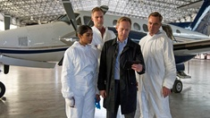 Amara Karan (DS Suri Chohan), Darren Boyd (Steve Orwell), Steven Mackintosh (Detective Superintendent Alistair Winter) och James Nesbitt (DI Harry Clayton)