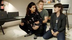 Förlossningen närmar sig och det börjar gå upp för Asbjørn hur stor roll han faktiskt kommer att kunna spela och hur beroende Petra kommer att vara av honom.