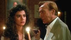 Selina Williams Waverly (Nancy Valen) och Jean-Pierre Dusant (Hurd Hatfield).